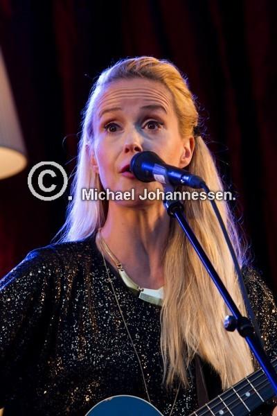 31-08-2013 Tina Dickow koncert i Østreanlæg Holbæk.